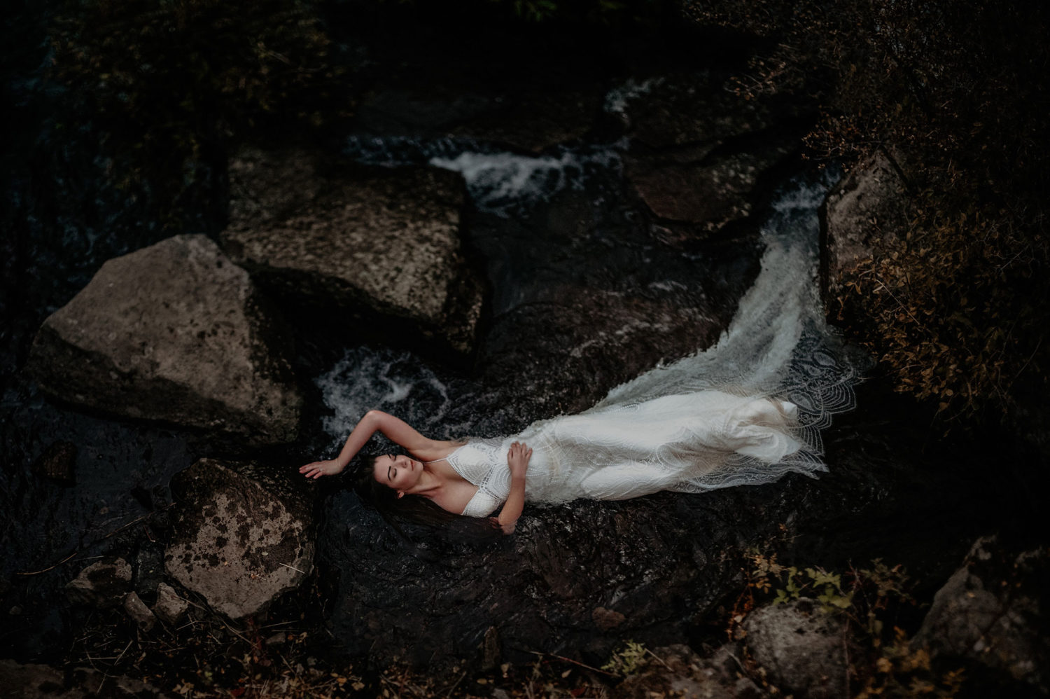 Fine Art Bridal Portrait & photographer bend oregon
