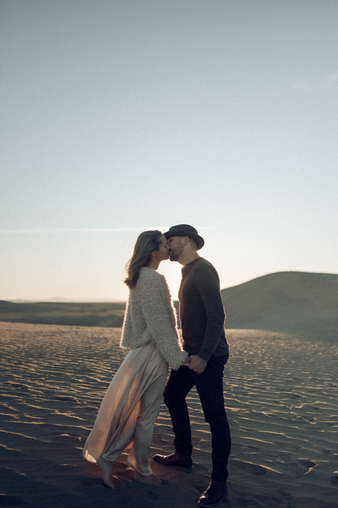kissing on the sand