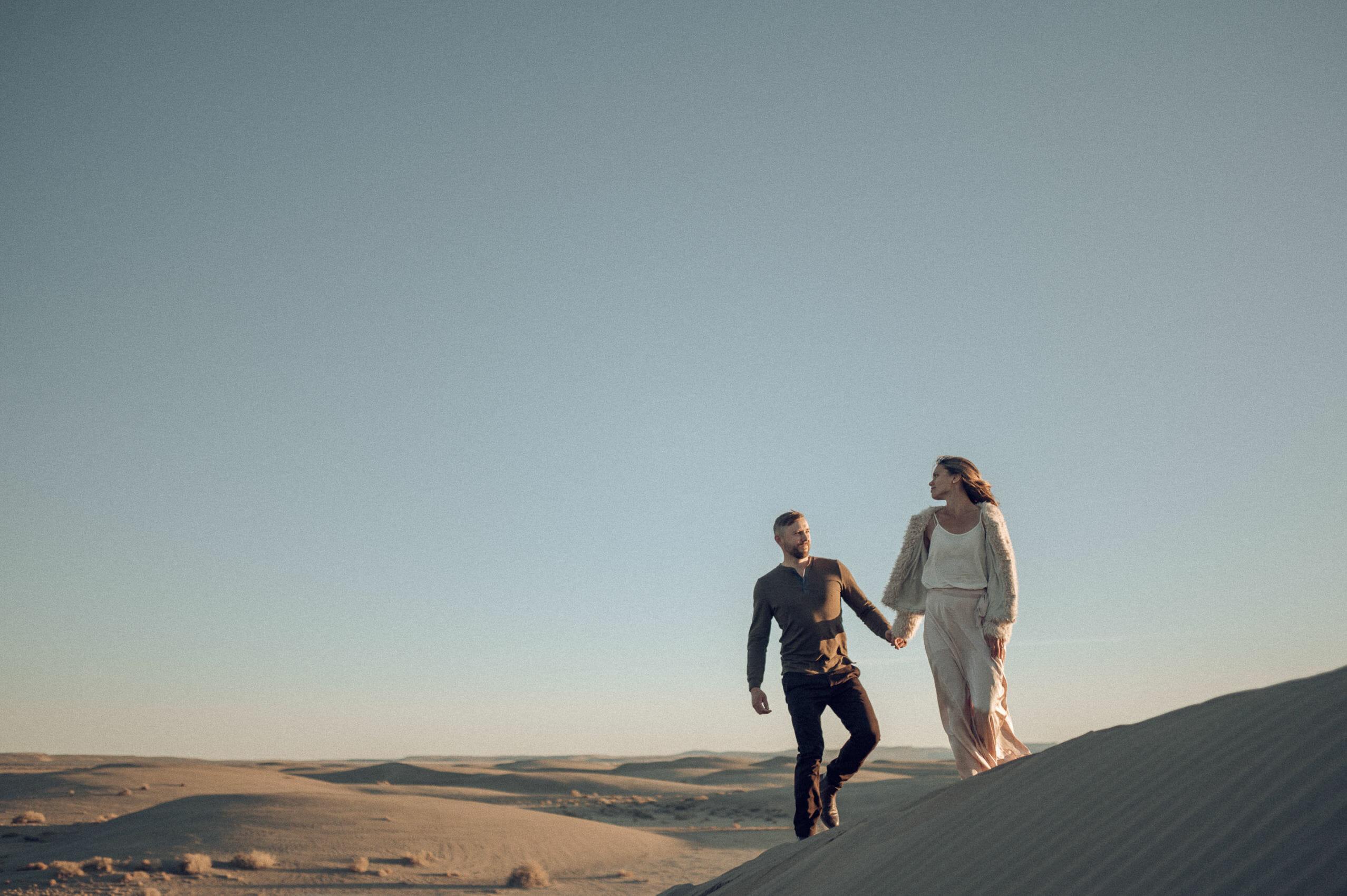 dune couple portrait