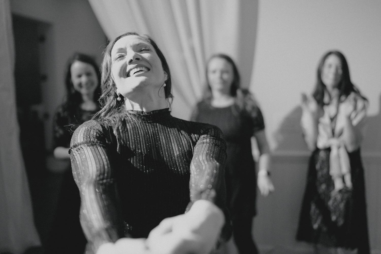 b/w wedding dance